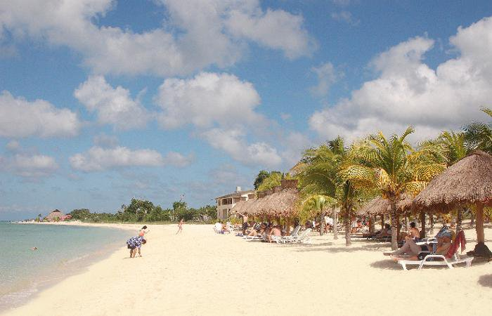 Beach Club And Water Sports Center Nachi Cocom
