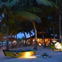 Barquito Mawimbi Beach Bar & Restaurant