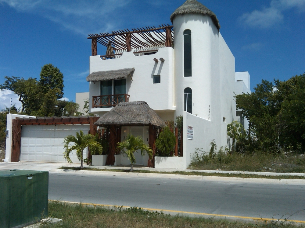 Raices real estate cancun quintana roo for Actual home cancun