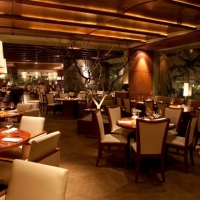 Harry's Prime Steakhouse & Raw Bar Restaurant