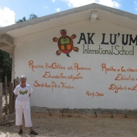 Ak Lu'um International School