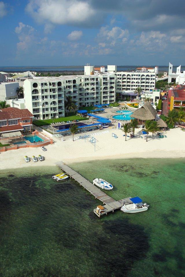 Aquamarina Beach Resort Hotel Zona Hotelera Cancun Mexico